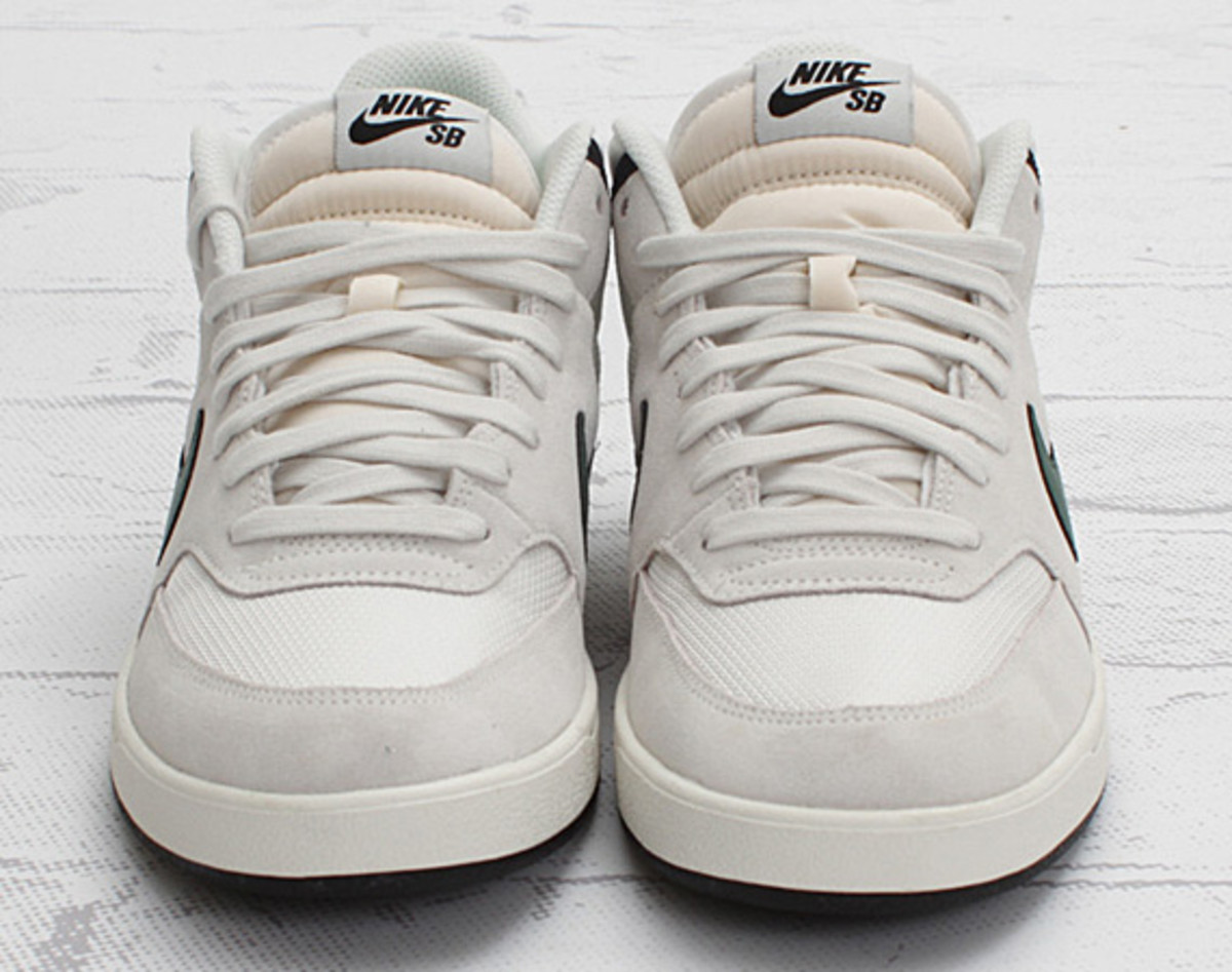 nike-sb-challenge-court-swan-gorge-green-black-concept-07