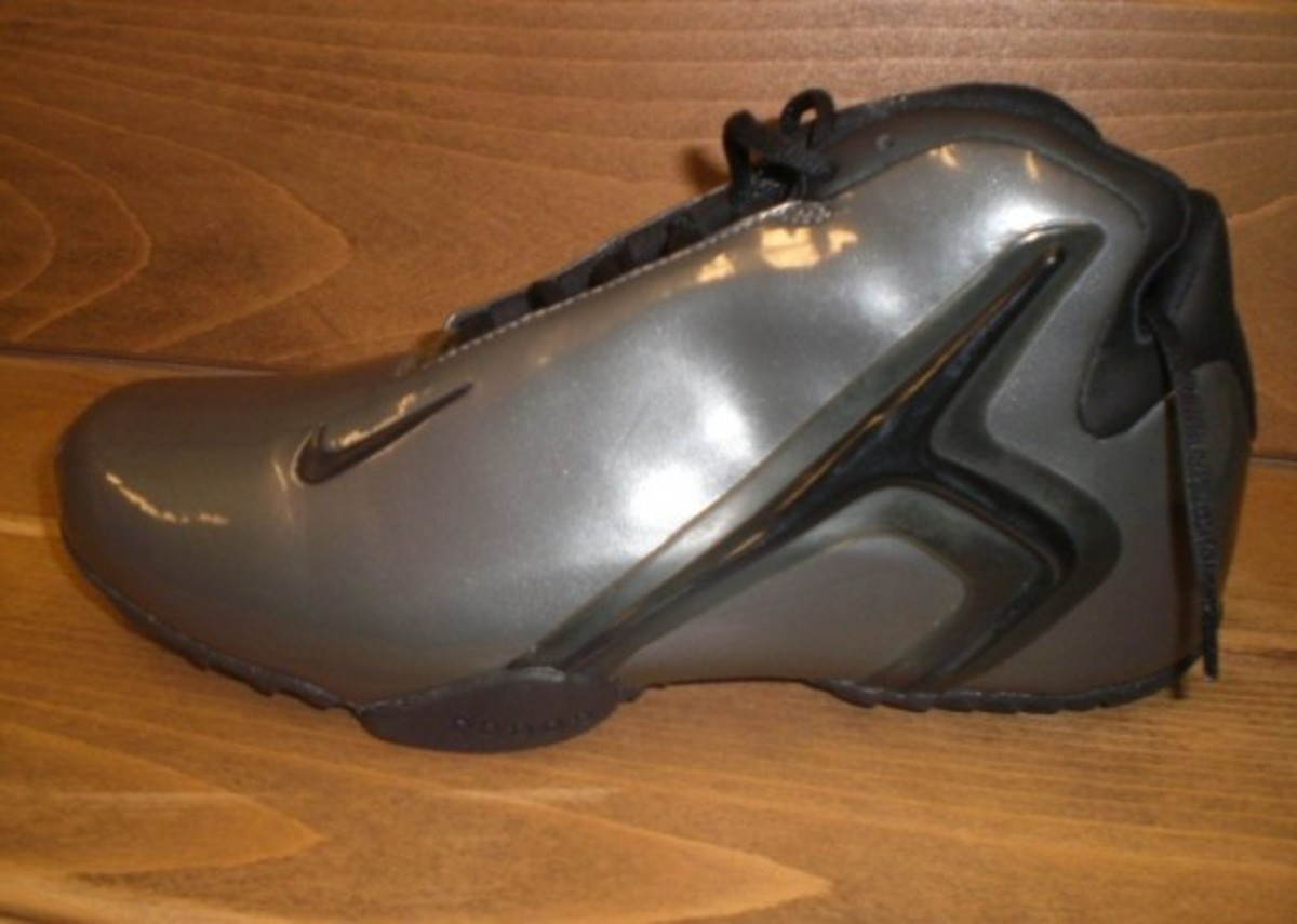 nike-basketball-1992-2012-nike-air-hyperflight-2001-7