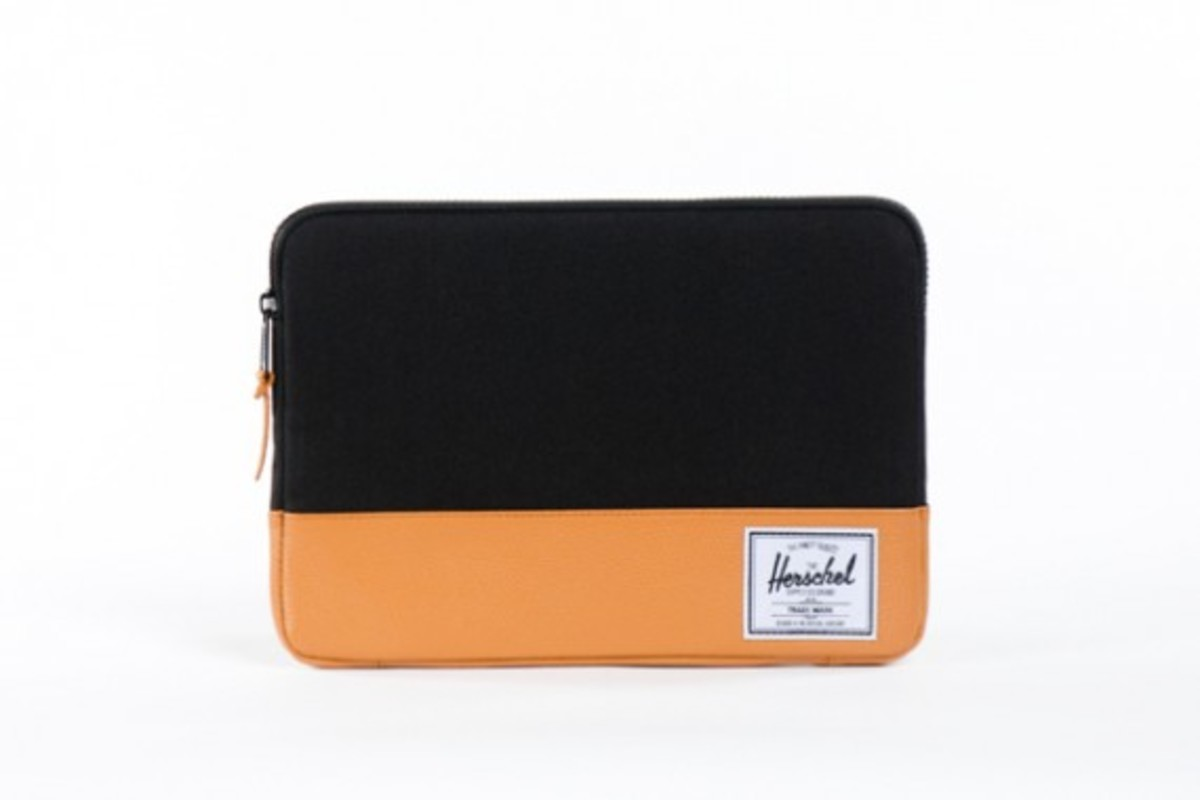herschel-supply-co-laptop-sleeve-collection-apple-store-exclusive-08