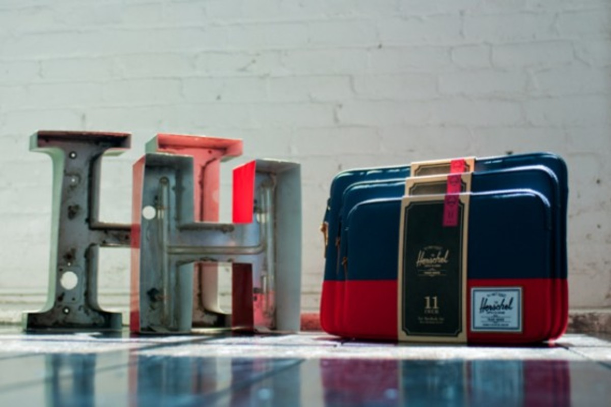 herschel-supply-co-laptop-sleeve-collection-apple-store-exclusive-02