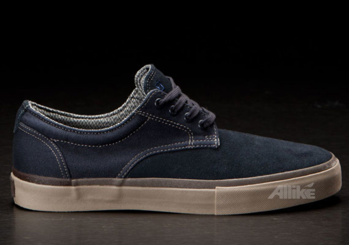 vans-syndicate-derby-available-12