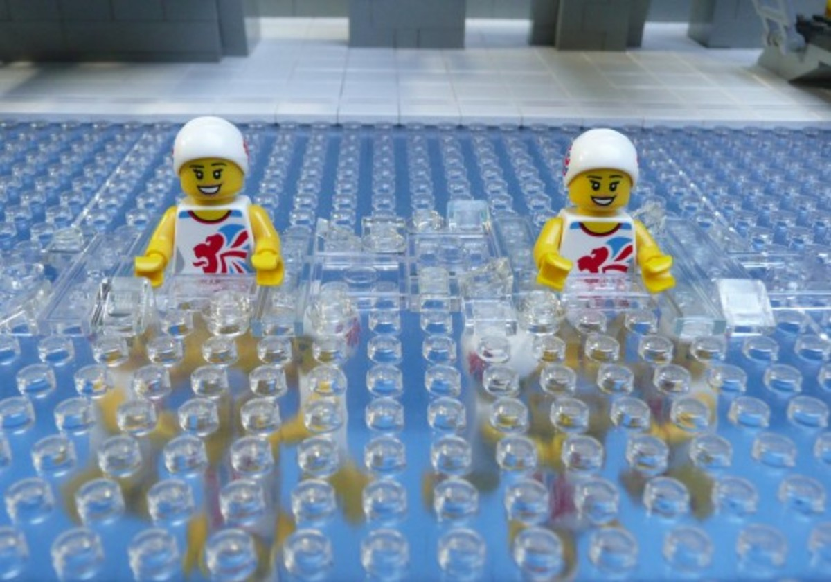 lego-2012-london-olympics-aquatic-center-by-bricks-for-brains-9
