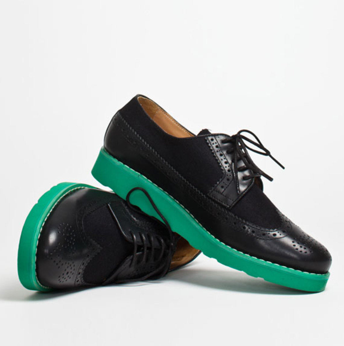 comme-des-garcons-shirt-the-generic-man-fall-2012-footwear-collection-19