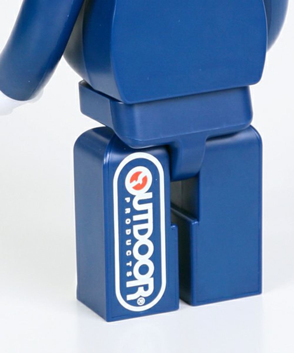 outdoor-products-medicom-toy-bearbrick-400-07
