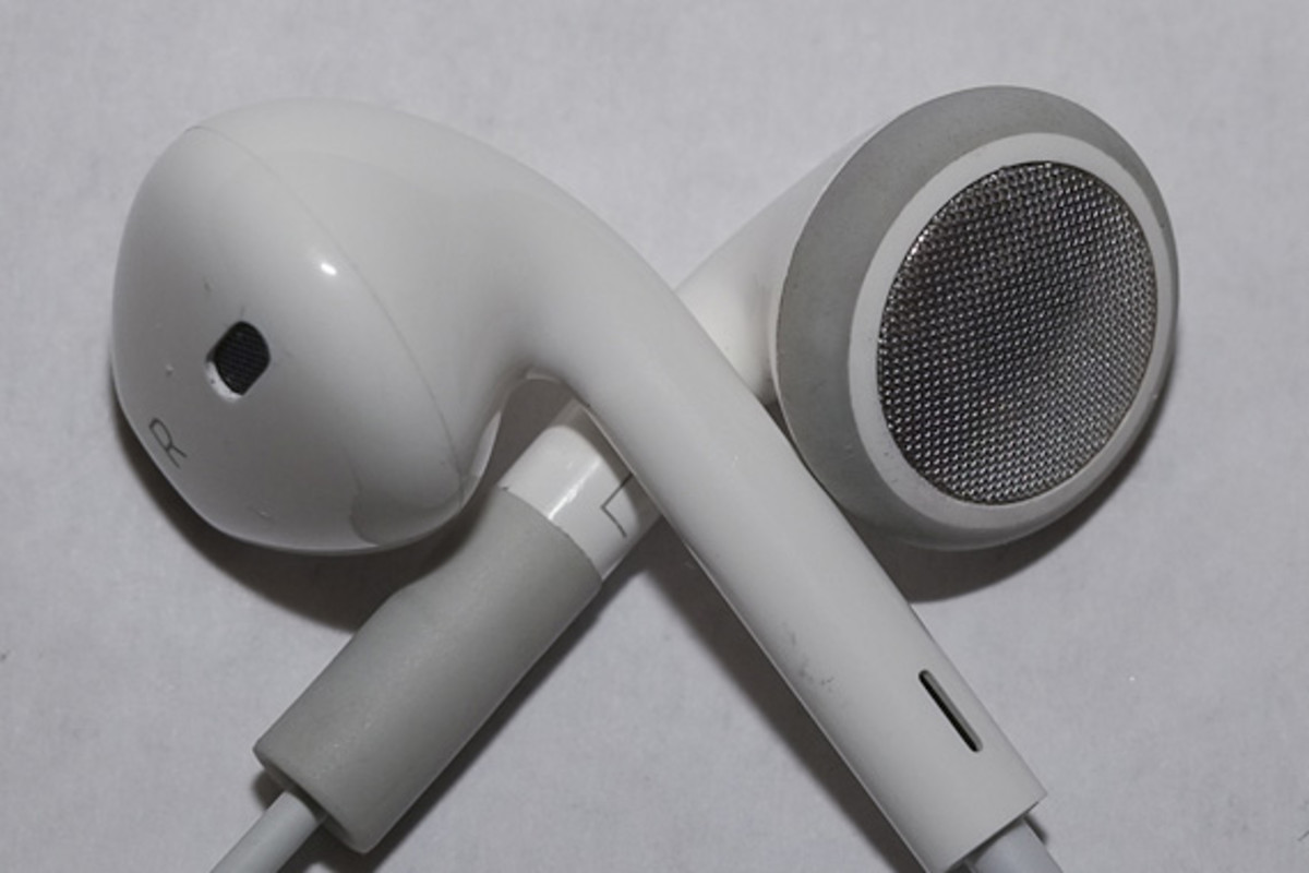 apple-iphone-5-new-earphones-009