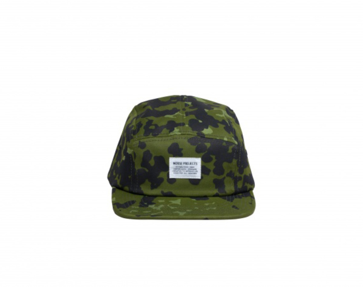norse-projects-camo-5-panel-caps-06
