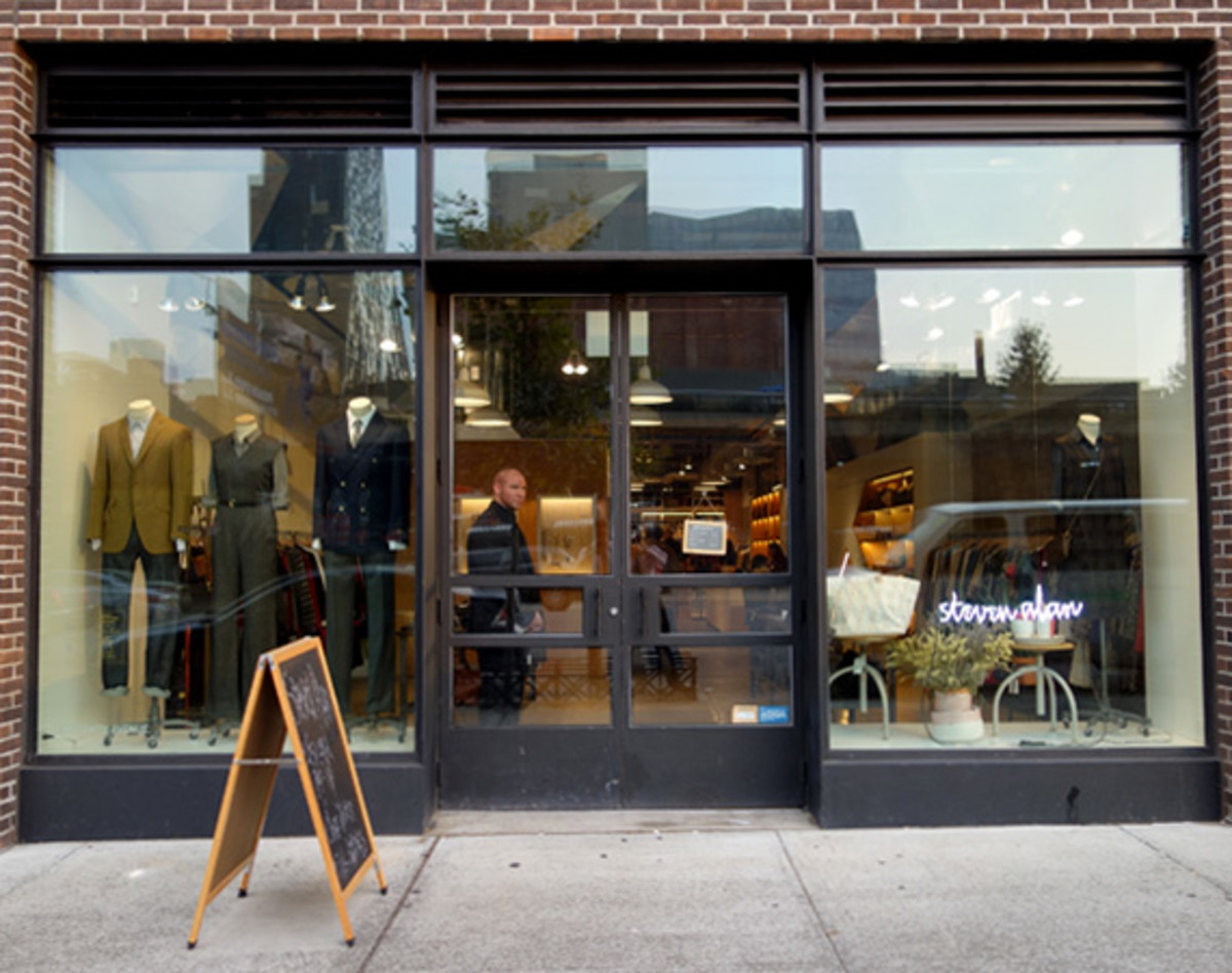 isaora-pop-up-store-steven-alan-chelsea-nyc-19