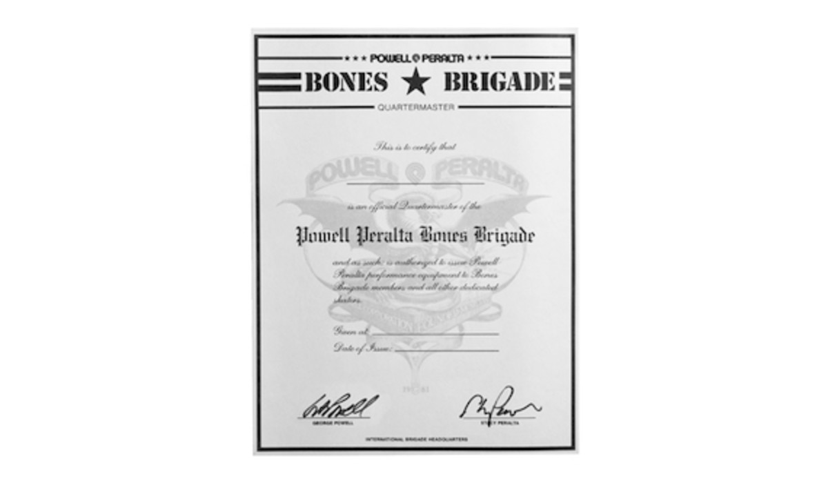 bones-brigade-rare-collectables-collection-07