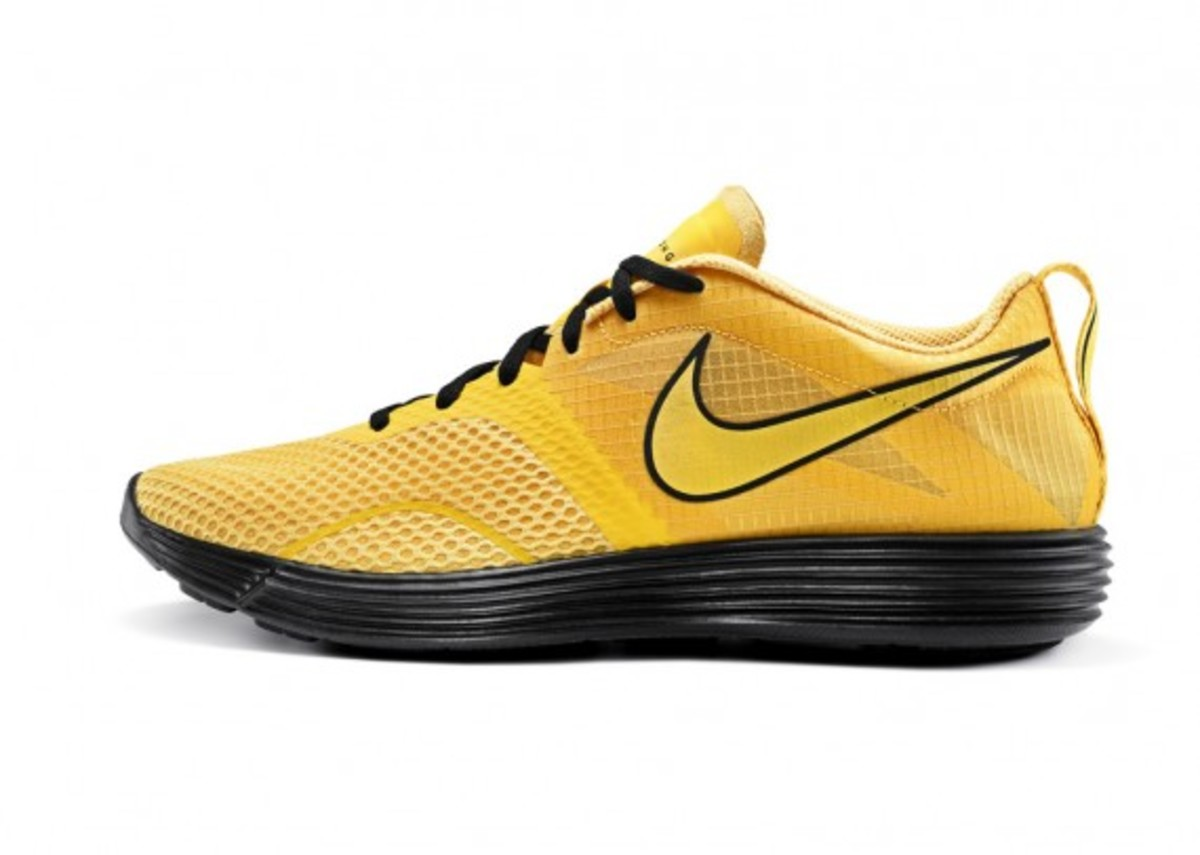 nike-livestrong-holiday-2012-collection-2