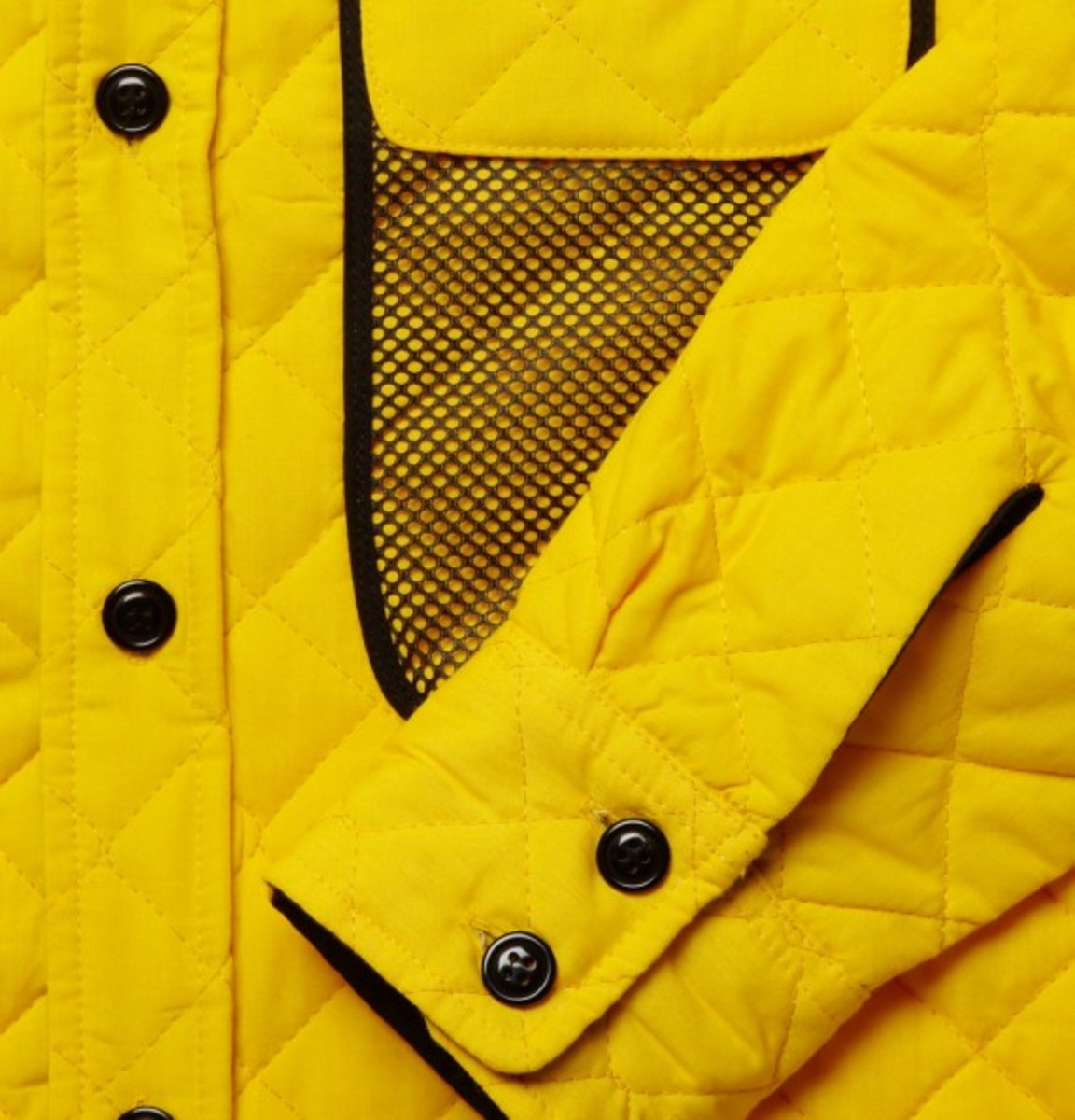 woolrich-woolen-mills-quilted-overshirt-yellow-04
