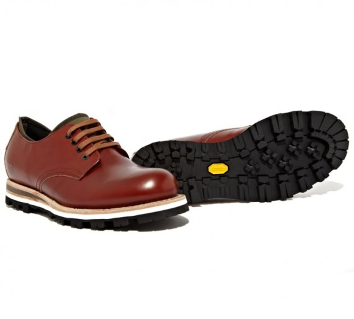 stussy-deluxe-be-positive-leather-shoes-02