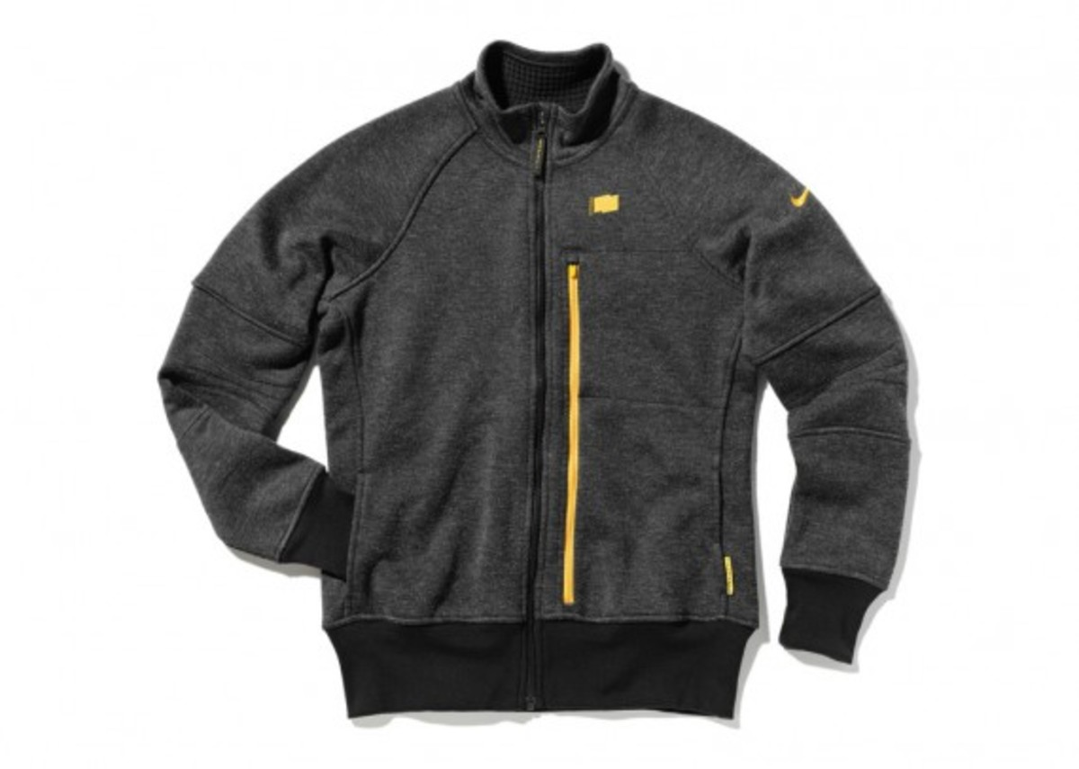 nike-livestrong-holiday-2012-collection-13