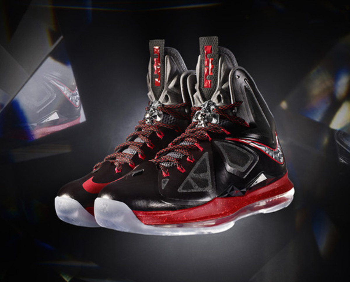 nike-lebron-x-october-2012-releases-00