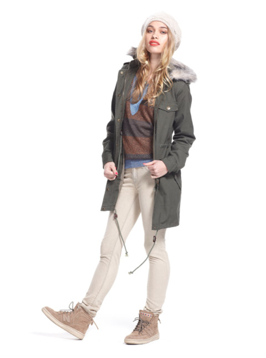 stussy-fall-2012-womens-collection-lookbook-07