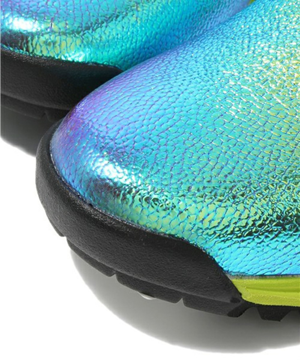 kenzo-chameleon-leather-sneakers-07