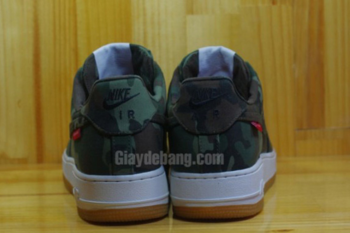 Supreme-Nike-Air-Force-1-Low-30th-Anniversary-Camo-05