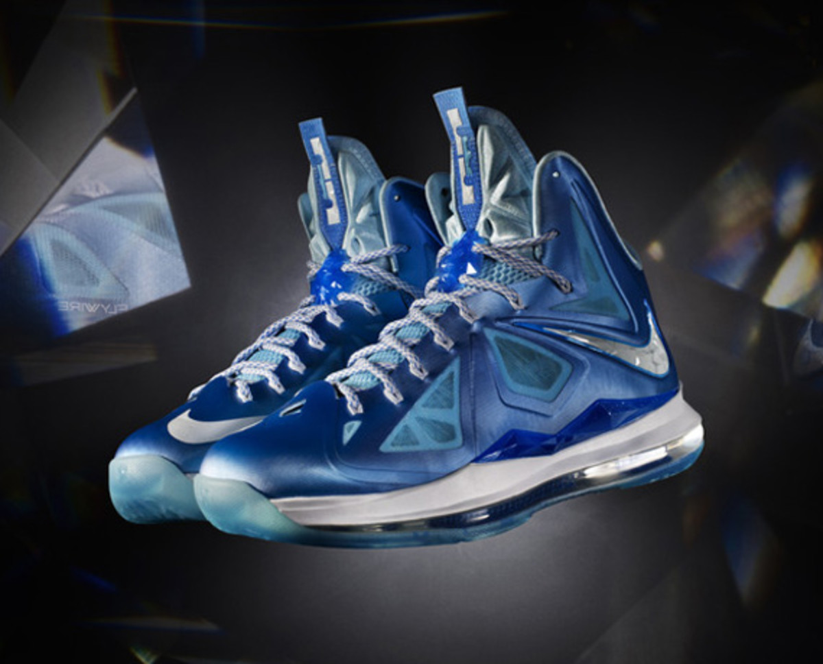 nike-lebron-x-october-2012-releases-03