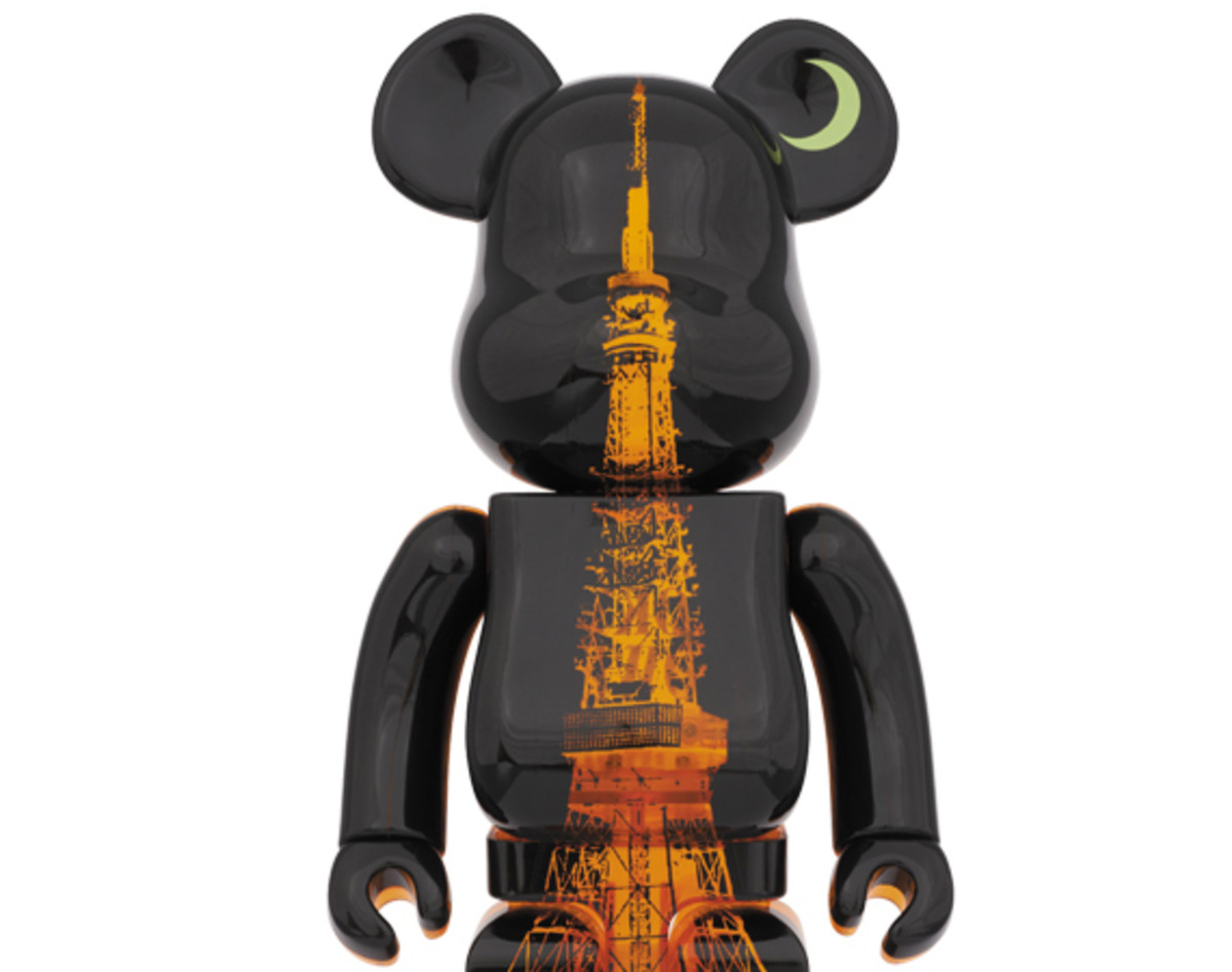 medicom-toy-tokyo-tower-55th-anniversary-bearbrick-00