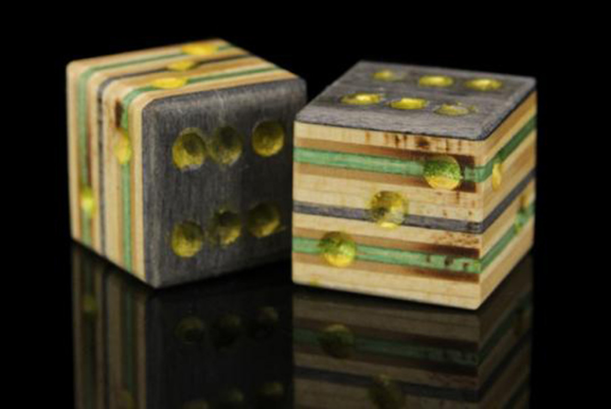 premiere-recycled-skateboard-dice-set-01
