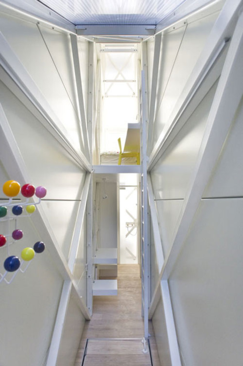 keret-house-worlds-thinnest-house-05
