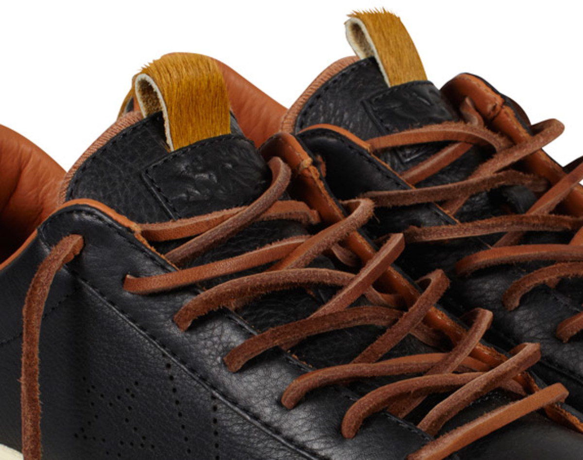 bodega-converse-first-string-pro-leather-holiday-2012-17