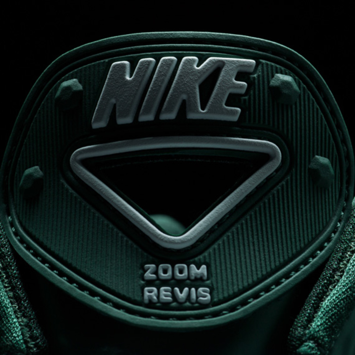 darrelle-revis-nike-zoom-revis-officially-unveiled-24