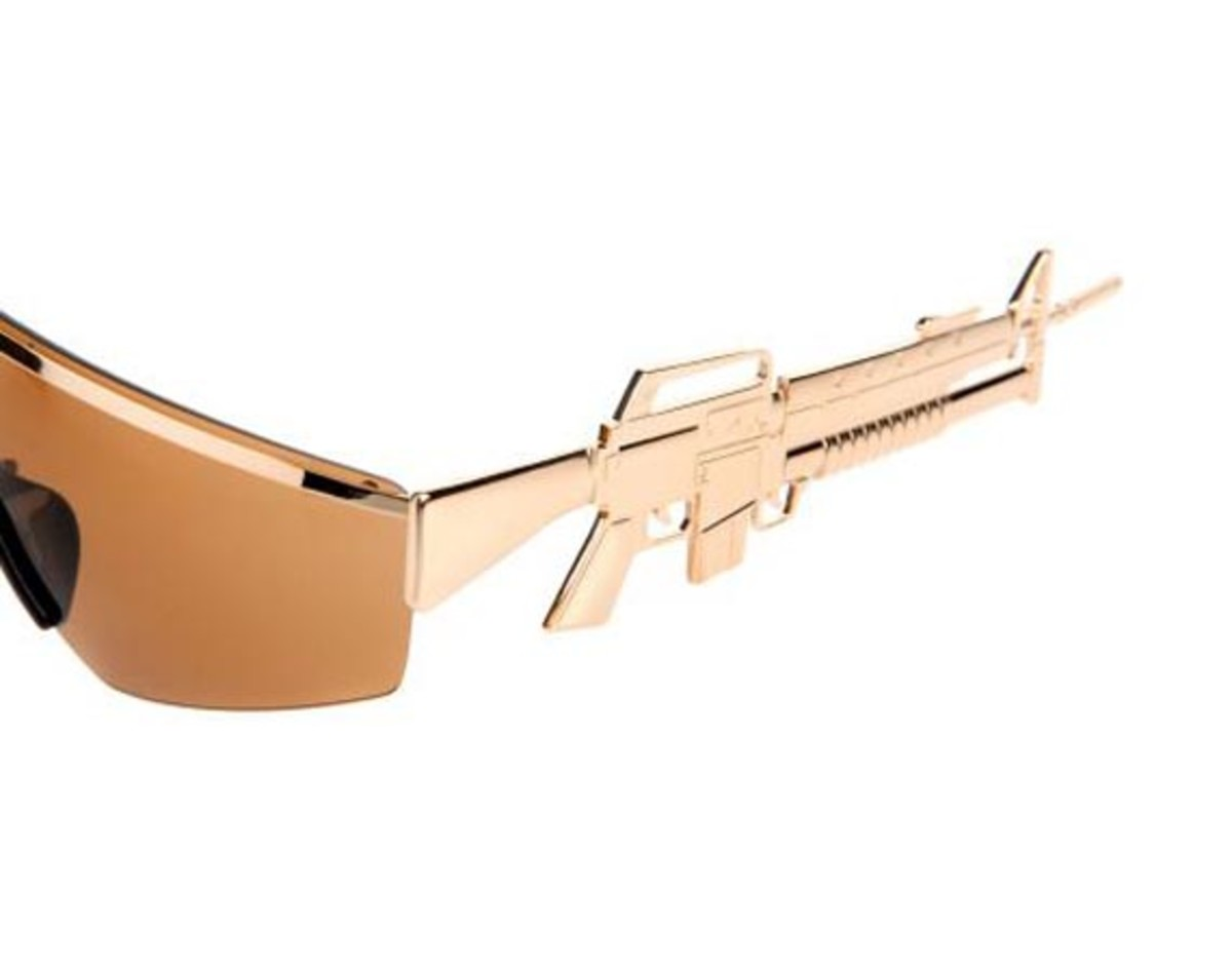 jeremy-scott-linda-farrow-machine-gun-sunglasses-03