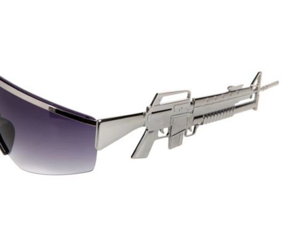 jeremy-scott-linda-farrow-machine-gun-sunglasses-06