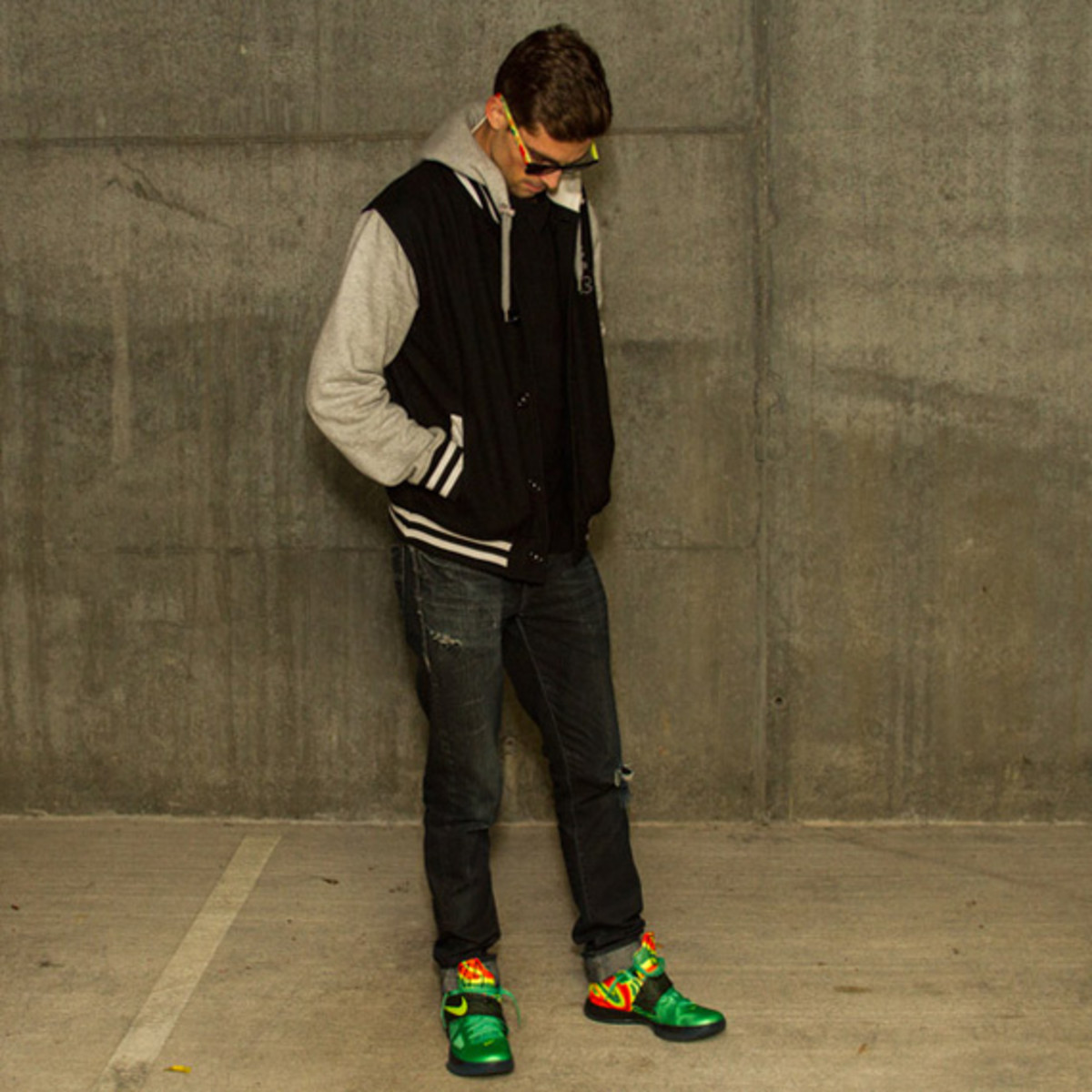 look-see-weatherman-sunglasses-inspired-nike-zoom-kd-iv-02