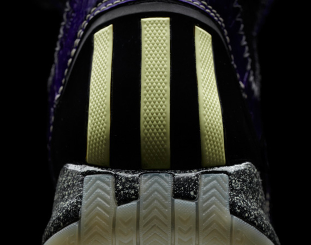 adidas-d-rose-3-nightmare-07