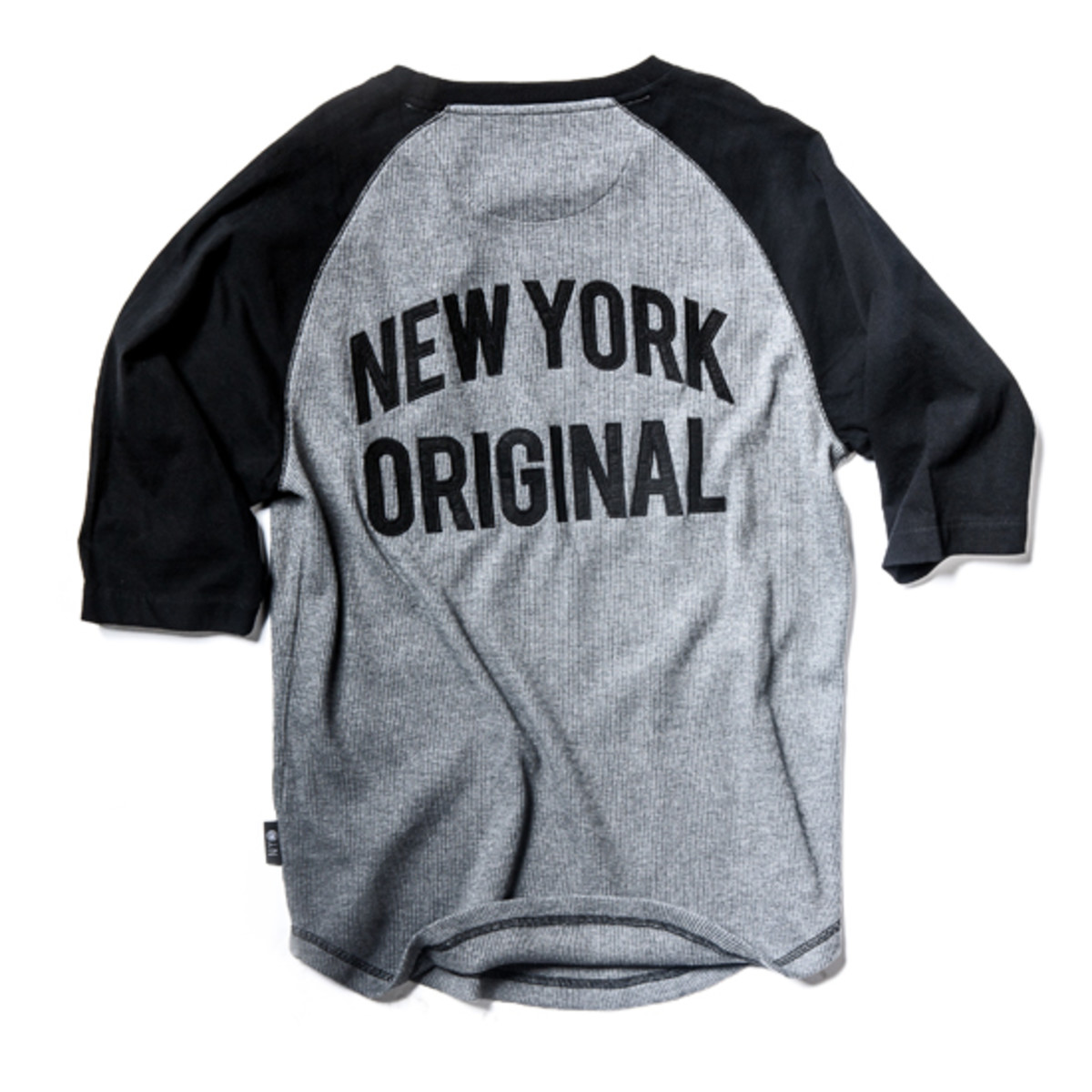 black-apple-x-new-york-knicks-collection-7