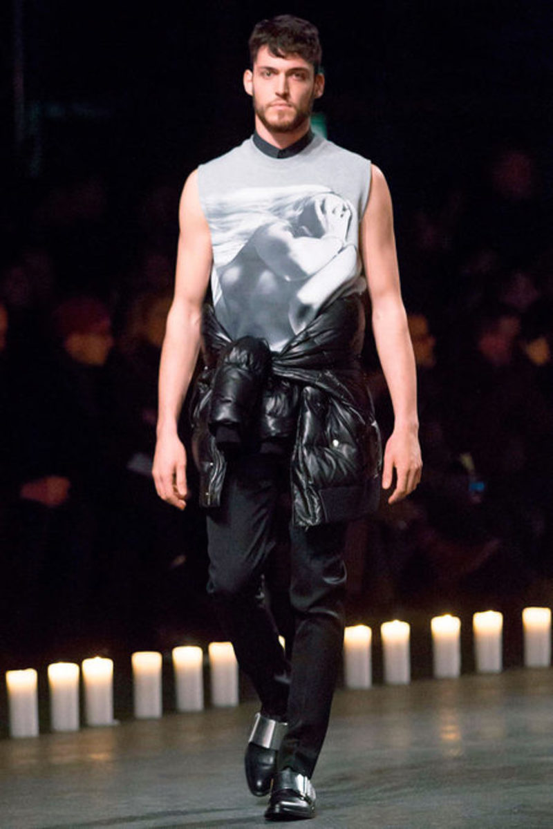 givenchy-fall-winter-2013-collection-runway-show-24