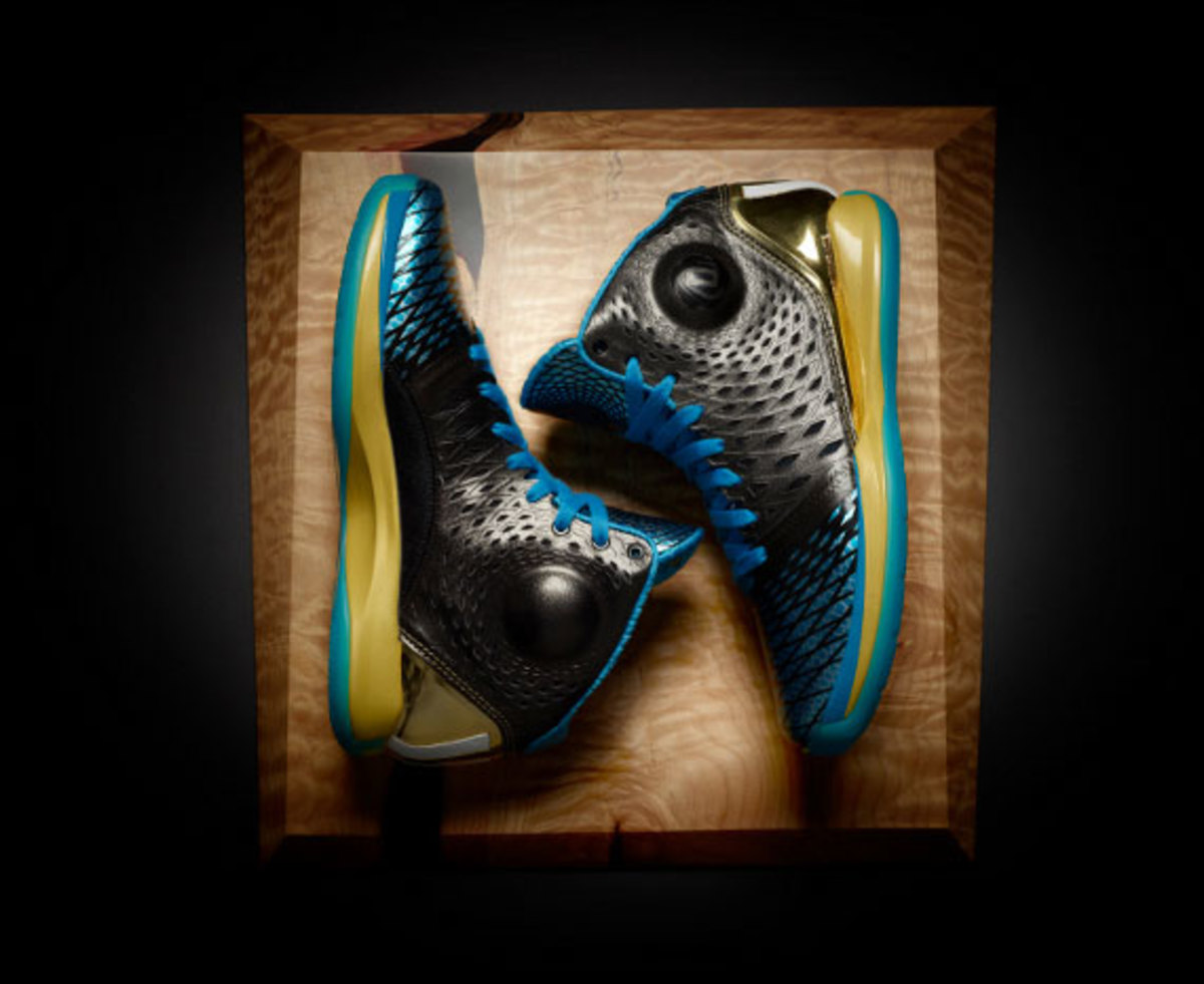 adidas-d-rose-3.5-year-of-the-snake-edition-05