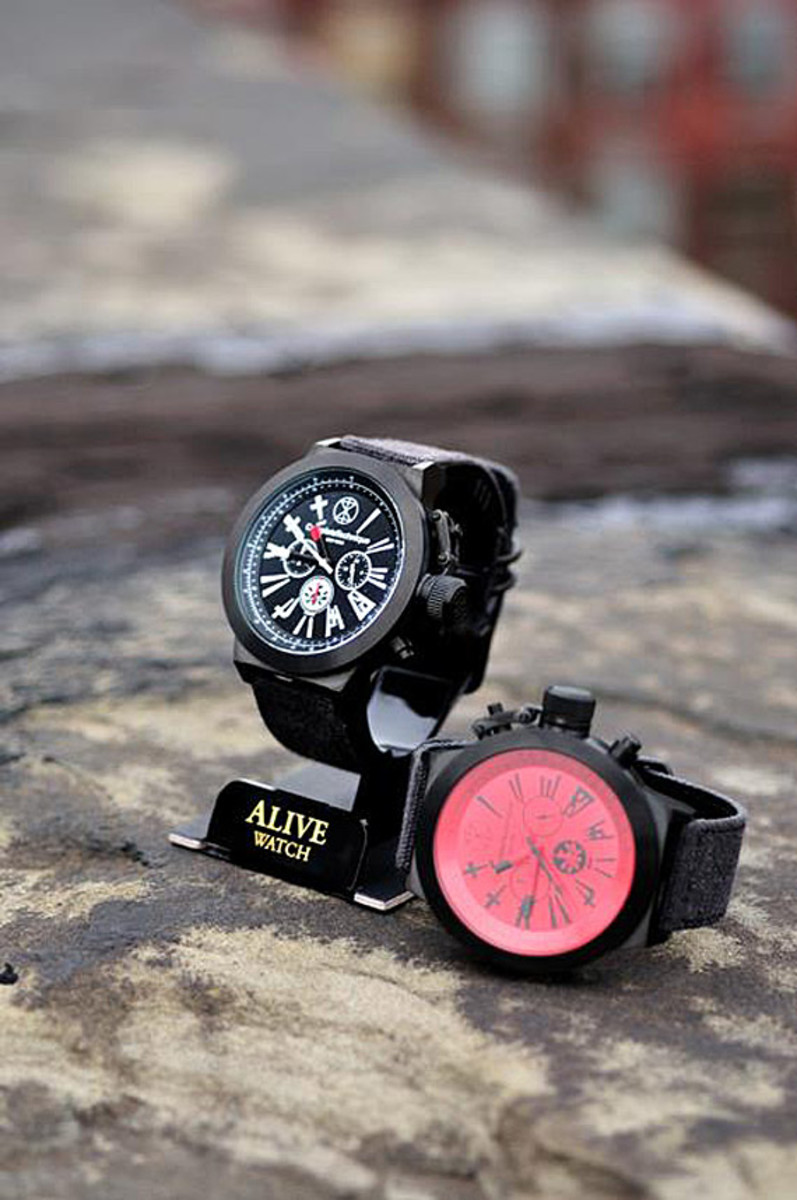 complete-technique-alive-athletics-edict-52-chronograph-watch-04