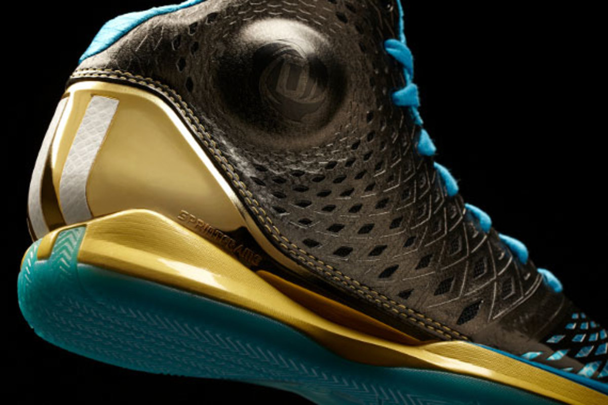 adidas-d-rose-3.5-year-of-the-snake-edition-07