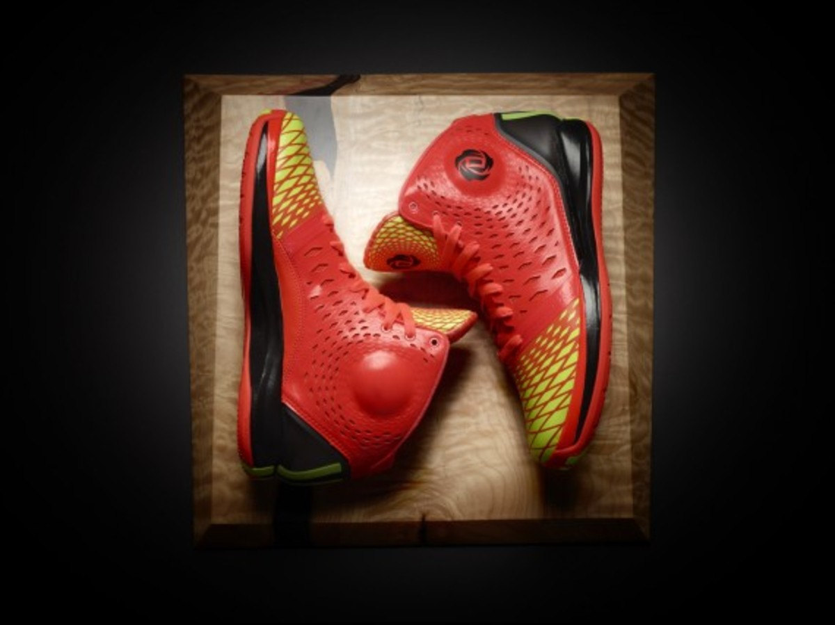 adidas-d-rose-3.5-infrared-electricity-edition-02