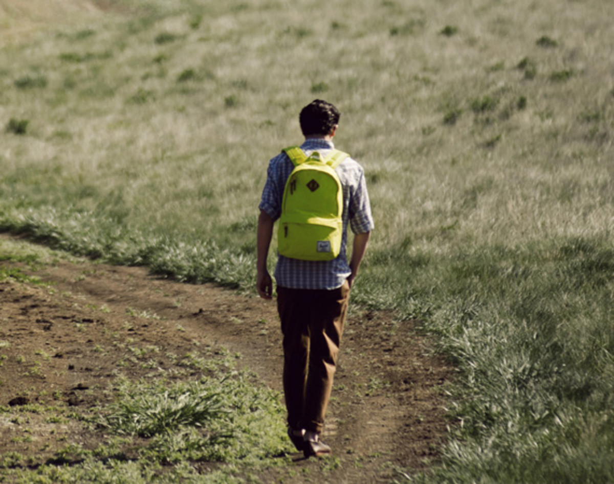 herschel-supply-co-spring-2013-collection-lookbook-video-15