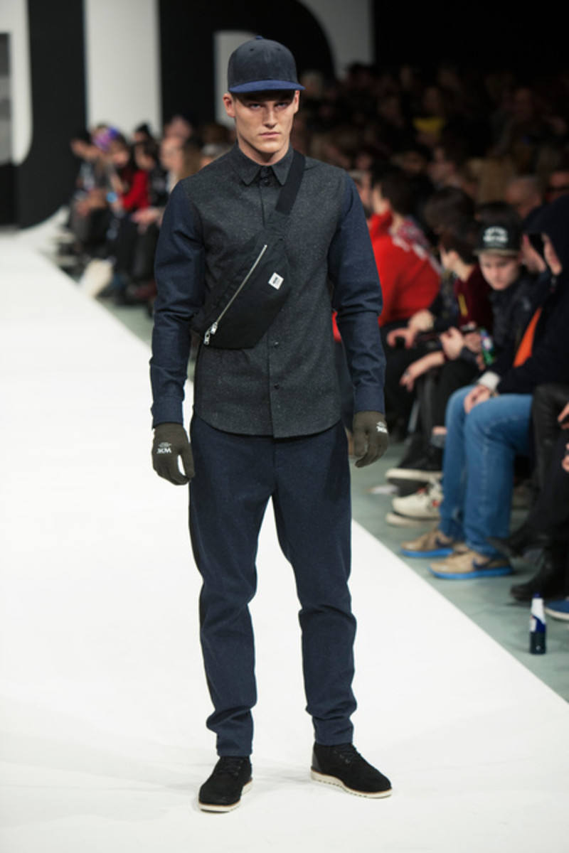 wood-wood-fall-winter-2013-collection-runway-show-06