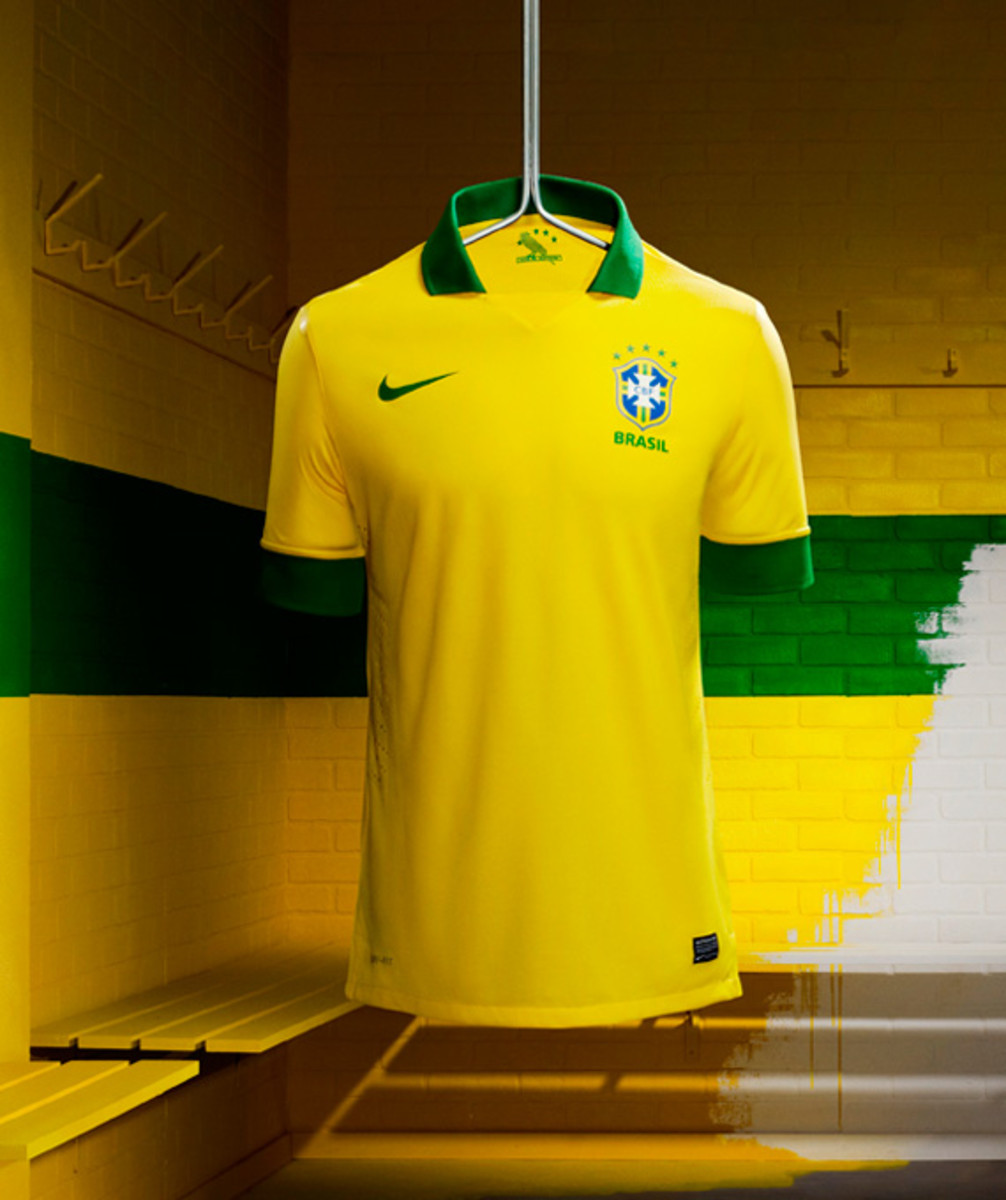 nike-soccer-2013-2014-brazil-national-football-team-kit-neymer-06