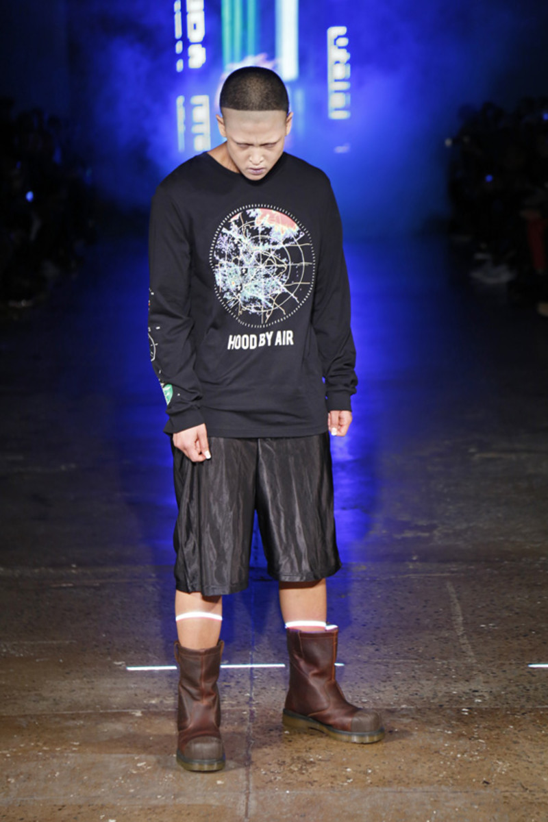hood-by-air-fall-2013-runway-show-07