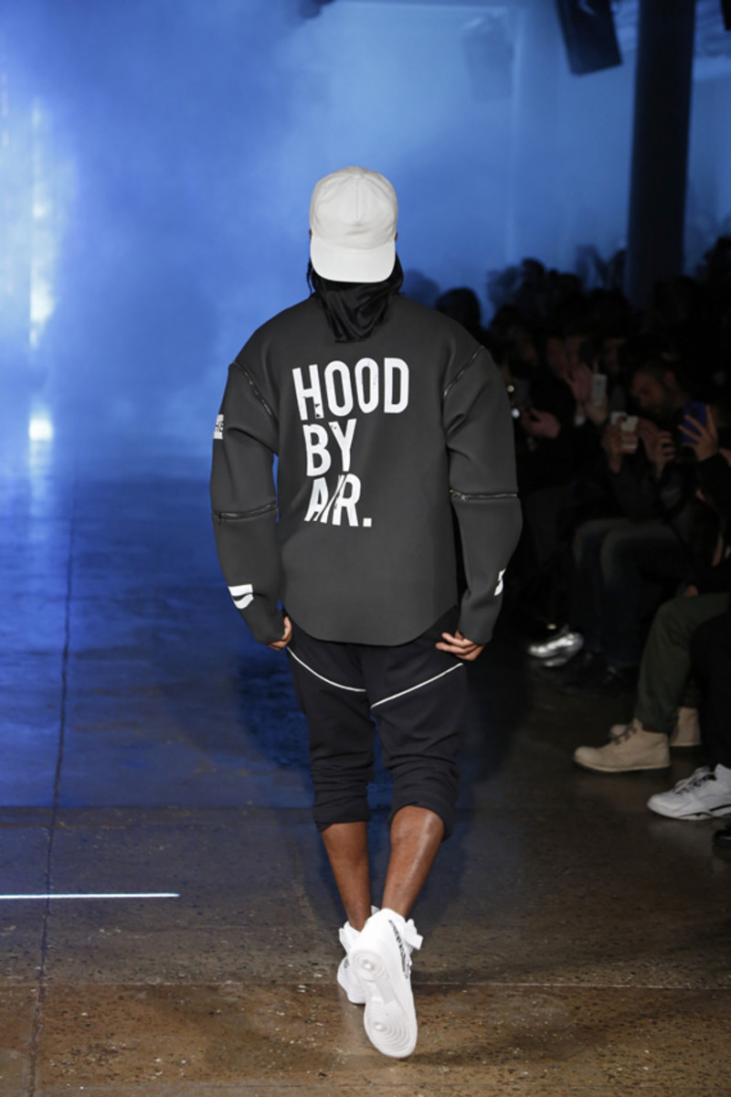 hood-by-air-fall-2013-runway-show-31
