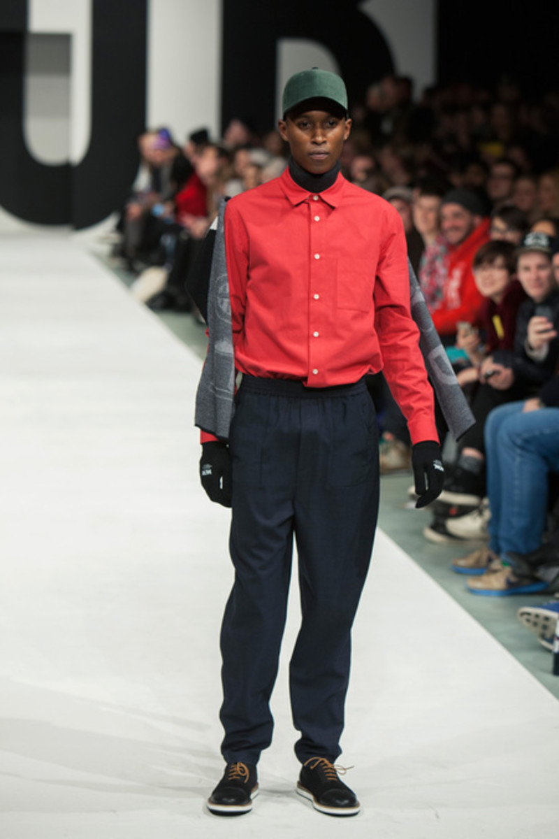 wood-wood-fall-winter-2013-collection-runway-show-15