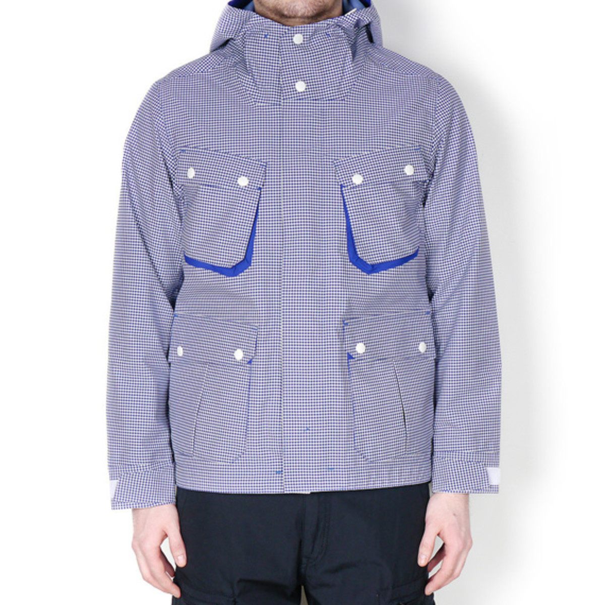 white-mountaineering-gingham-check-hood-parka-jacket-02