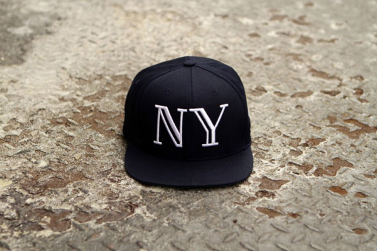 40oznyc-givenchy-and-balmain-inspired-snapback-caps-08