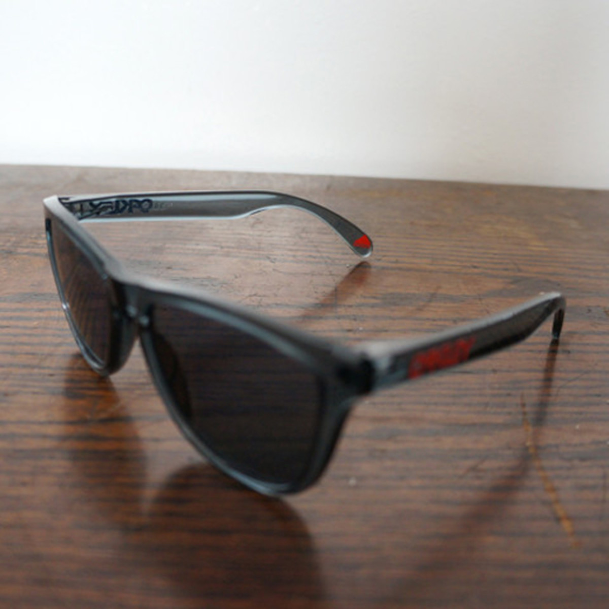 oakley-for-fairends-eyewear-collection-spring-2013-d