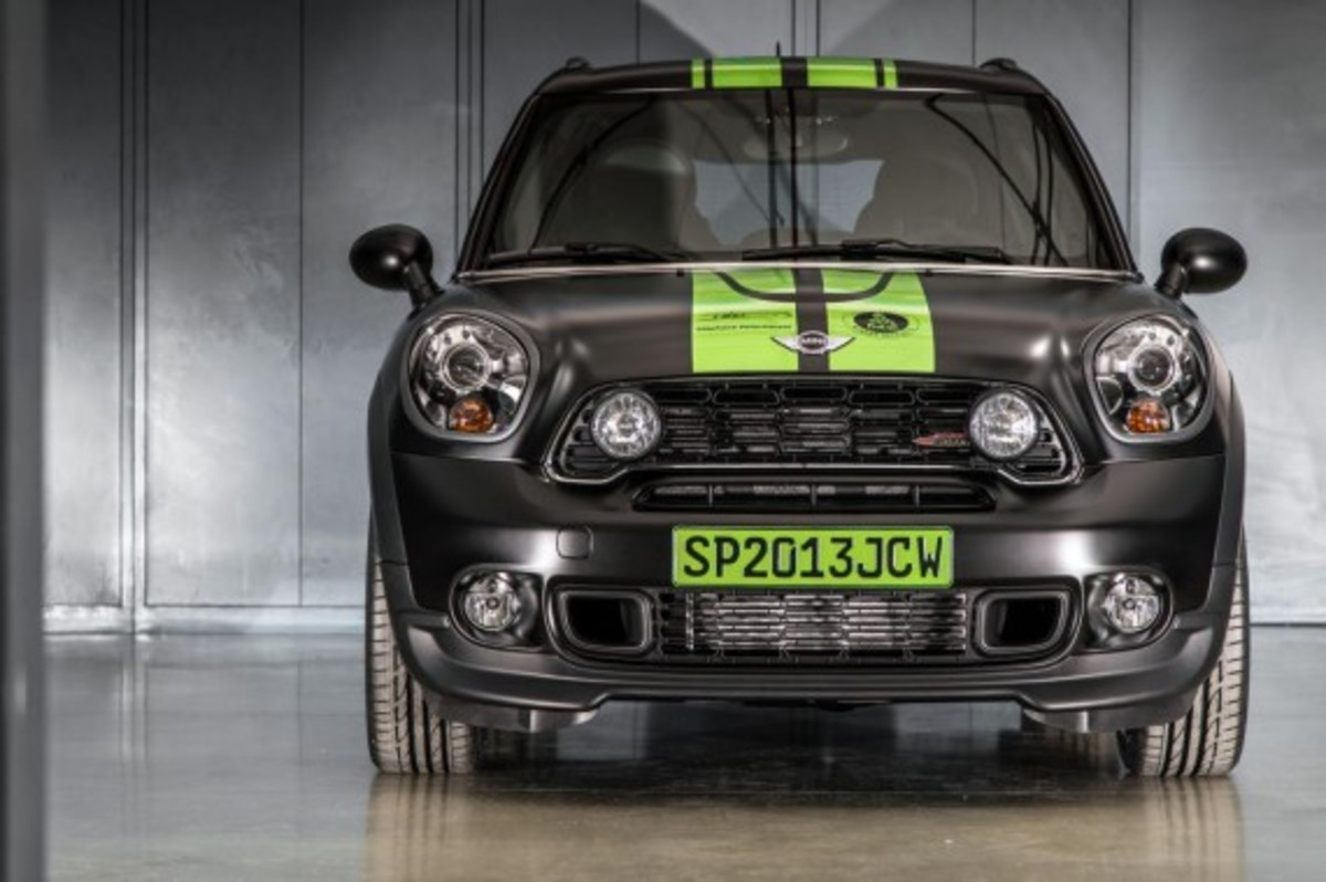 2013-mini-john-cooper-works-countryman-all4-dakar-special-edition-5