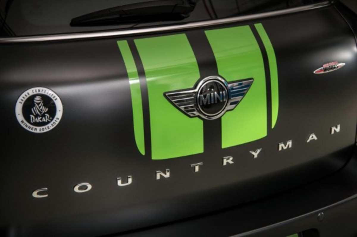 2013-mini-john-cooper-works-countryman-all4-dakar-special-edition-6