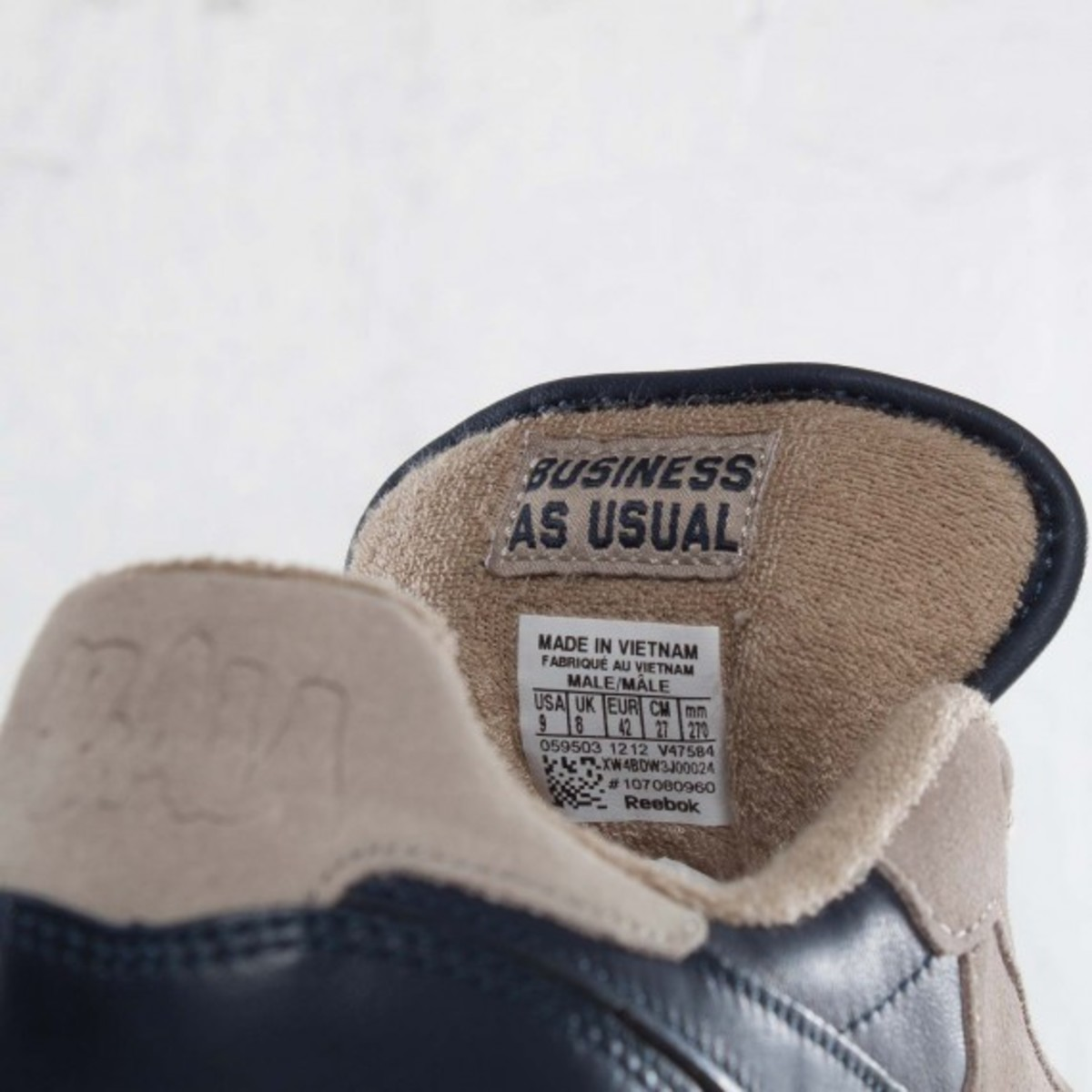 frank-the-butcher-reebok-classic-leather-lux-11