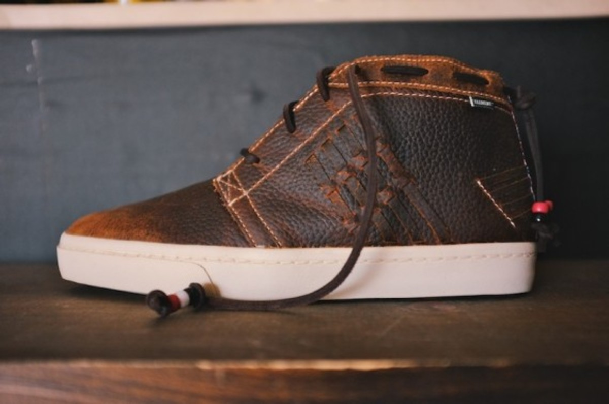 element-emerald-fall-winter-2013-footwear-collection-preview-02