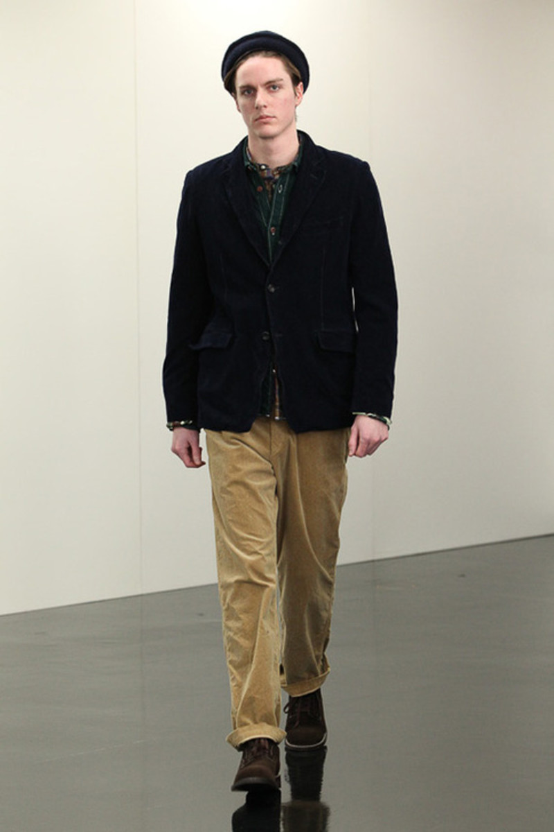 comme-des-garcons-homme-fall-winter-2013-collection-runway-show-14